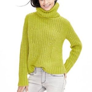 Banana Republic chunky lime green turtleneck